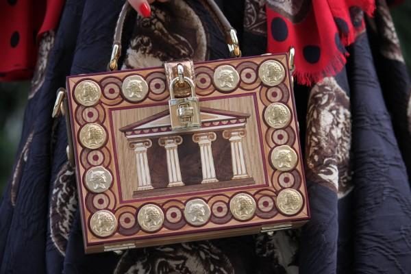 Dolce-Gabbana-wodden-bag