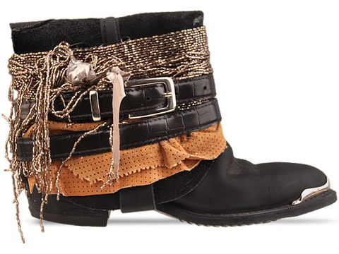 bijoux and belts for boots 2