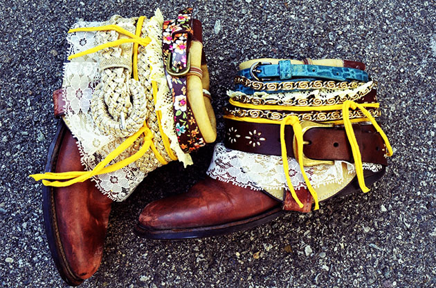 bijoux and belts for boots 22