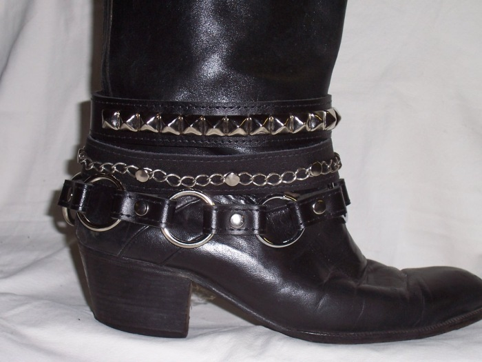 bijoux and belts for boots 5