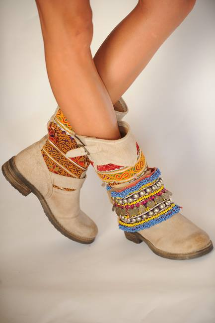 bijoux and belts for boots 8
