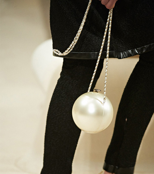 chanel bag pearl 3