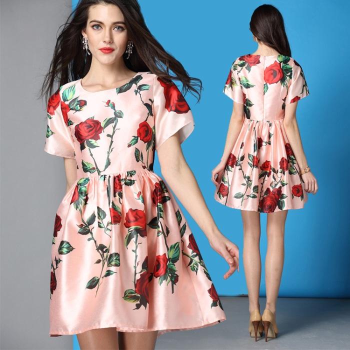 vestido com estampa de rosas vermelhas 2016