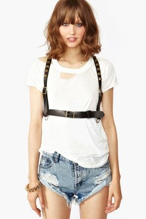 harness sobre roupas